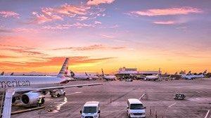 airport-1553958_960_720