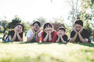 family-1599826_960_720